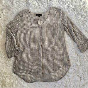 Fred David gray top with white polka dots size XL